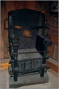 Chair-of-spikes-2